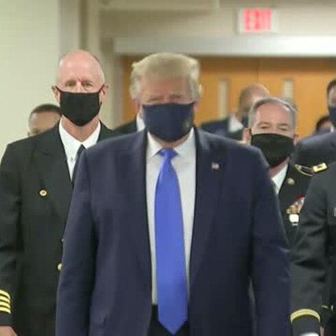 Trump por fin se puso la mascarilla