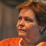 Aida Díaz sale del retiro para criticar decisión de Educación de terminar el curso escolar