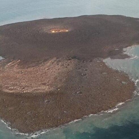 Volcán de lodo causa enorme explosión en el mar Caspio