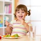 Aprende claves y técnicas para prevenir la obesidad infantil
