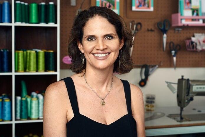 La diseñadora puertorriqueña Tommie Hernández es la creadora de la línea de patrones Sirena Patterns.