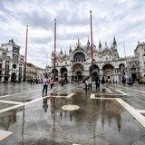Venecia permanece seca gracias a nuevas barreras móviles