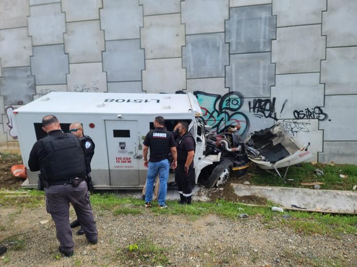 El accidente ocurrió en la autopista PR-52 en dirección de Caguas a San Juan.