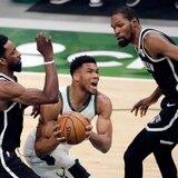 Los Bucks aseguran su pase a los playoffs con otra victoria ante los Nets