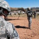 Arizona extiende por un año más presencia de Guardia Nacional en la frontera