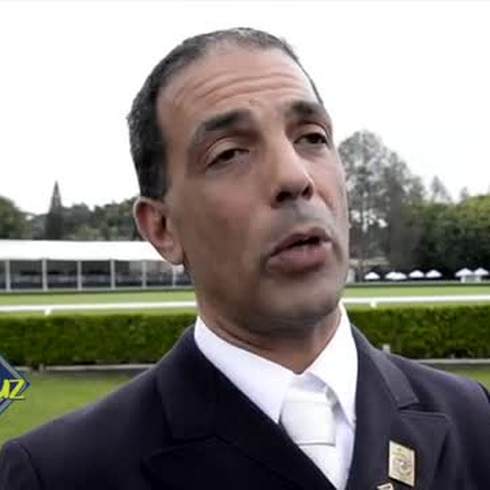 Jinete Luis Denizard orgulloso de su caballo