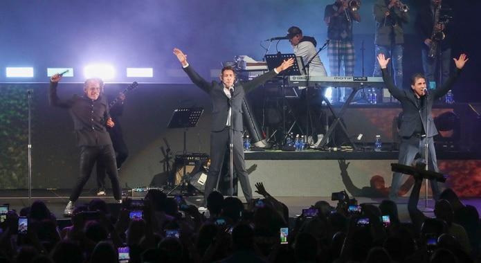 Se informó que Miguel Cancel (a la izquierda) no continuará en la gira por motivos personales.