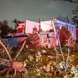 Tornado que pasó por suburbio de Chicago tenía vientos de 140 mph