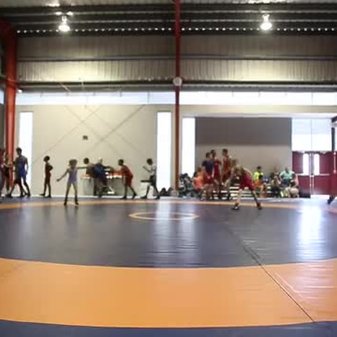 Inauguran la nueva casa del Club Sparta de lucha