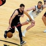 El Heat finalmente se calienta y derrota al Jazz