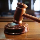 Sentencian a mujer por estafar a 38 indocumentados prometiéndoles ayuda en Los Ángeles