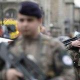Un hombre mata a cuchillazos a cuatro policías en París