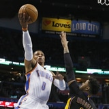 Westbrook mantiene el protagonismo con su vigésimo octavo triple-doble