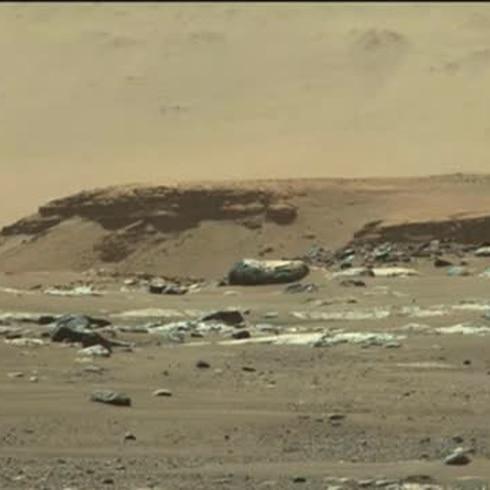 Exitoso primer paseo de Perseverance por suelo marciano