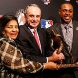 MLB tiene en un limbo al Premio Roberto Clemente