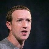 Mark Zuckerberg pide perdón por la caída de sus redes