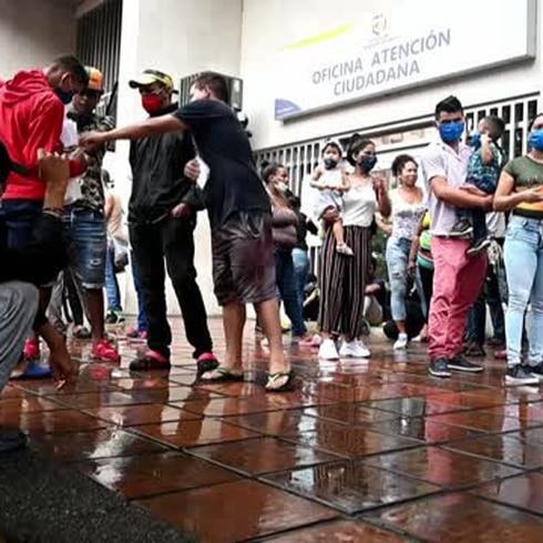 Venezolanos piden ayuda para volver a sus casas