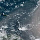 Onda tropical dejará lluvia previo a la llegada del polvo del Sahara