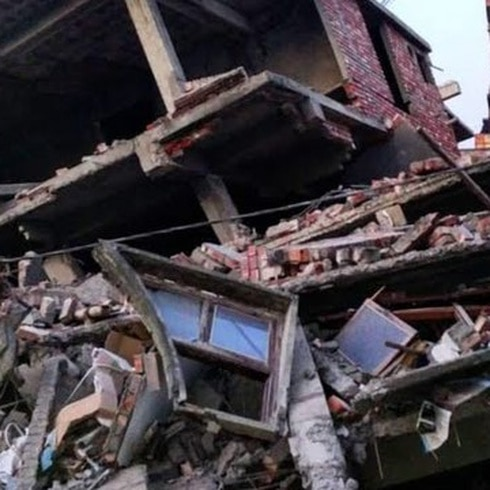 Fuerte terremoto sacude India