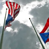 Gobernadora ordena que banderas ondeen a media asta por el 11 de septiembre