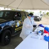 Toa Baja anuncia dos puntos de servicarro para realizar pruebas de coronavirus