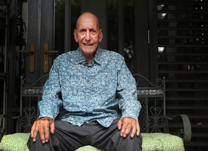 """Buyín Camacho, quien acostumbra a llamar a todos sus conocidos como """"ídolo"""", cumplirá el próximo 5 de noviembre sus 86 años."""