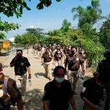 México restringe paso de guatemaltecos por posible llegada de caravanas