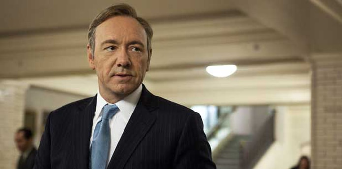 En House of Cards, Kevin Spacey interpreta al político Frank Underwood. (Archivo)