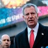 Miles firman petición para destituir a alcalde de Nueva York