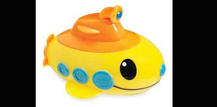Submarinos de juguete Bathtub Subs importados por Munchkin están entre la lista de productos. (Suministrada)